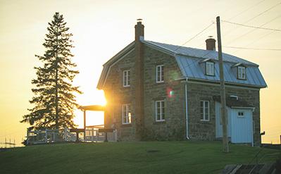 Maison Carillon